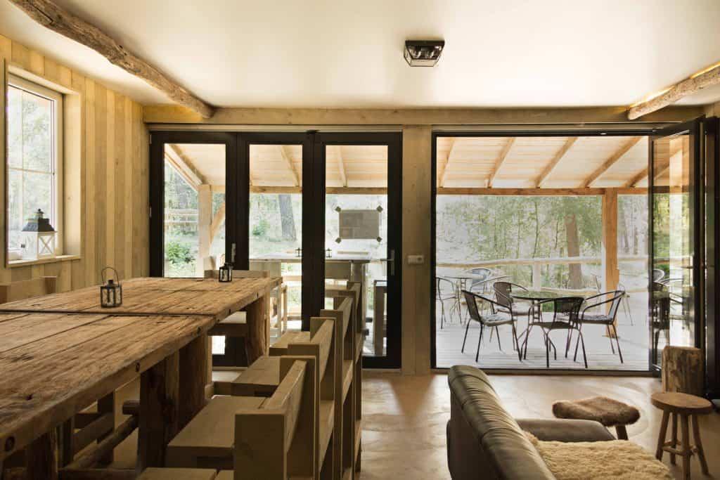 lutte hutte van binnen